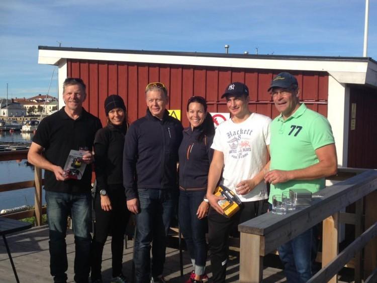 Pallplatserna i Hudik belades av Christer och Myran Olsson, Michael Gelin och Charlotte Bornudd Gelin, Pontus och Jan Apelberg. Familjebesättning är det som gäller för framgång.