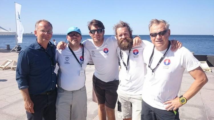 Teamet i Malmö: Pelle Nihlmark, Simon Dismo, Richard Larsson, Johan Wallinder och rorsman Peter Pohl.